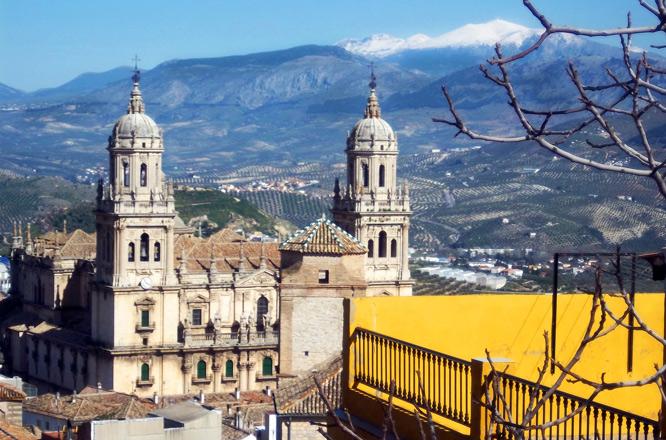 De Valencia al Mirador de África (II): primavera nevada en Jaén
