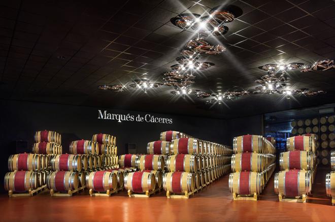 Enoturismo en Bodegas Marqués de Cáceres. Rioja Alta.