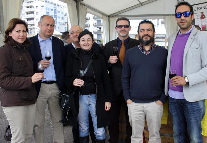 Todo preparado para la 'Mostra de Vins i Productes de la Terra' de Benlloch, Castellón