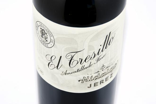 El Tresillo Amontillado Fino, Bodegas Hidalgo. Un amontillado joven para tomar en las comidas