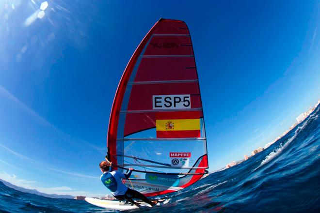 Marina Alabau se coloca líder del europeo de RS:X en Turquía-Foto María Muiña