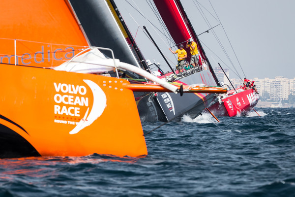 Team Alvimedica gana la In-Port en Alicante - foto Ainhoa Sanchez - Volvo Ocean Race