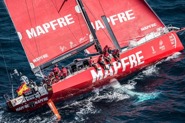 Mapfre queda tercero, pero contentos por la actitud del equipo - Foto David Ramos - Volvo Ocean Race