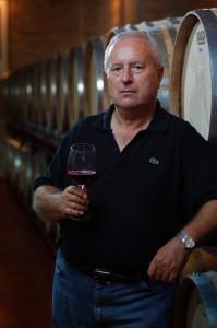 Mucho que decir con viñas viejas de Bobal. Cerrogallina 2011 www.globalstylus.com www.stylusvinum.com
