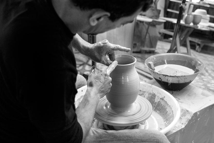 Domanises cer mica artesanal para el siglo xxi globalstylus for Herramientas ceramica artesanal