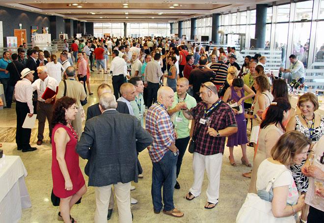 Valencia celebra la Fiesta de la Burbuja