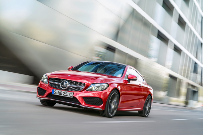 El nuevo Clase C Coupé de Mercedes Benz estiliza sus rasgos