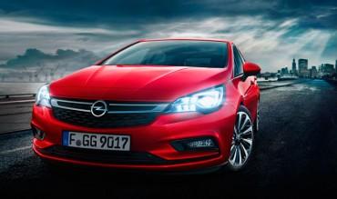 Opel sorprende con un Astra con motores de nueva generación y hasta 200 kilos más ligero