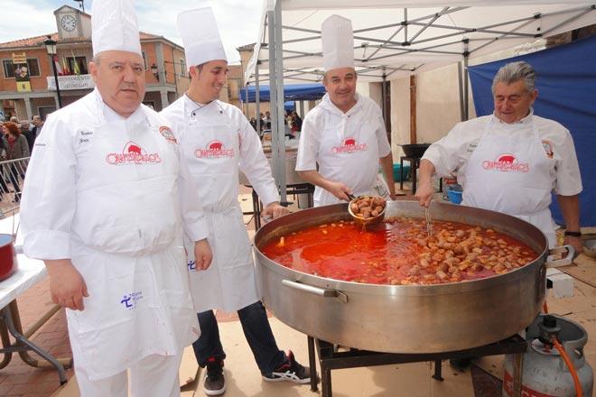 La Feria del Chorizo de Cantimpalos ofrece actividades para todos los públicos