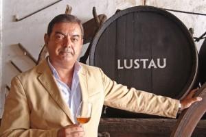 Manuel Lozano. El vermut según el estilo de Jerez. Lustau