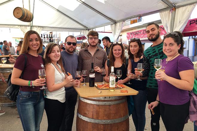 Benlloch abre posibilidades a los pequeños productores de vino