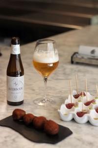 La armonía de las cervezas en Mercatbar, de Quique Dacosta, VLC