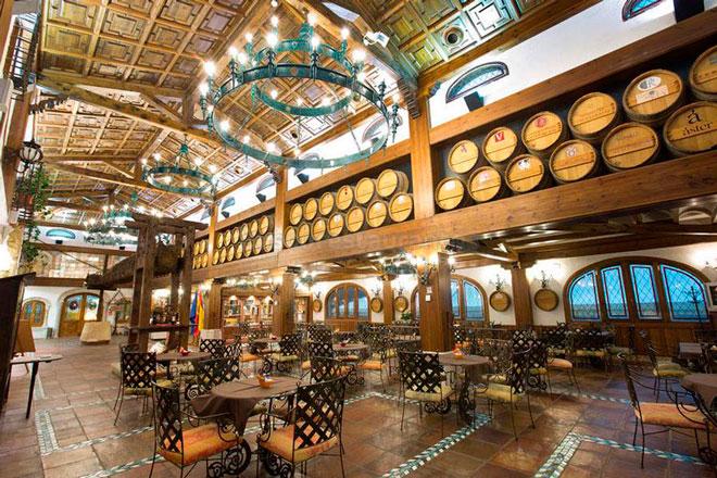 Asador Tudanca y los vinos de Valtravieso, #CenasConRibera en Aranda de Duero