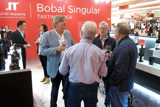 Sarah J. Evans, Master of Wine, defiende la Bobal en FENAVIN, Utiel-Requena