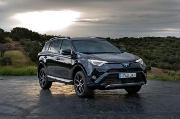 Toyota RAV4 hybrid Feel, más equipamiento y nuevos acabados