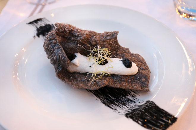 Restaurante La Ferrera se adelanta al verano e inaugura la temporada con '5Vinos5Platos', Playa de Pinedo, Valencia