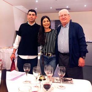 El Club de Enófilos de València llega a su 29 aniversario catando todos los martes