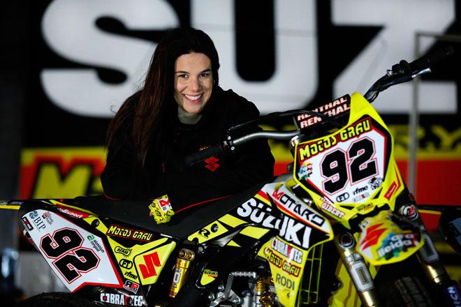 Elia Gibert, la 'Chica de Hierro', quiere ser campeona de Flat Track con la Suzuki RMZ-450