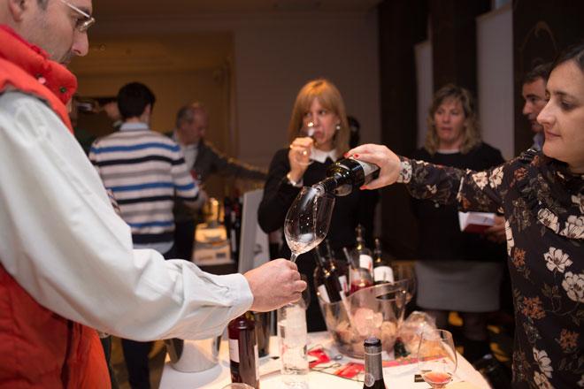 Utiel-Requena presenta en Madrid 88 vinos a los profesionales del sector