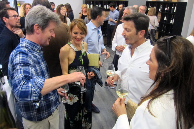 The Wine Place estrena local en el centro de València