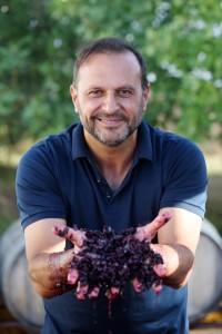 La libertad de las pequeñas elaboraciones. Demorado, tinto dulce de vendimia tardía, Vinos Bio de Pedro Olivares