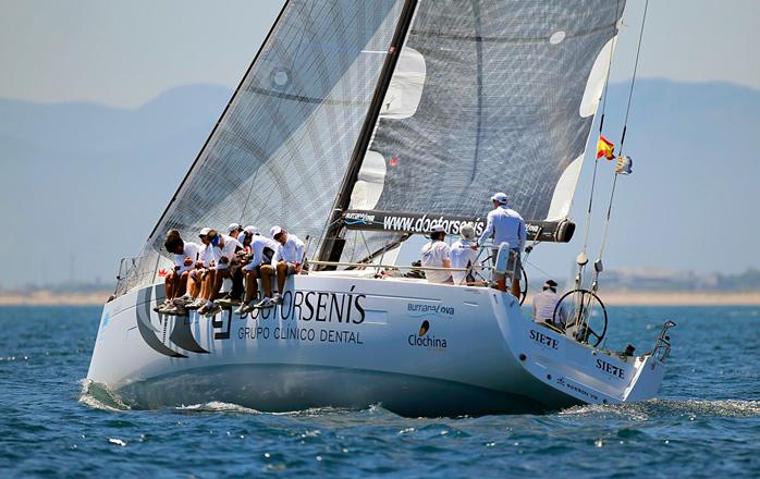 Grupo Clínico Dr Luis Senís vence en el Trofeo de SM La Reina