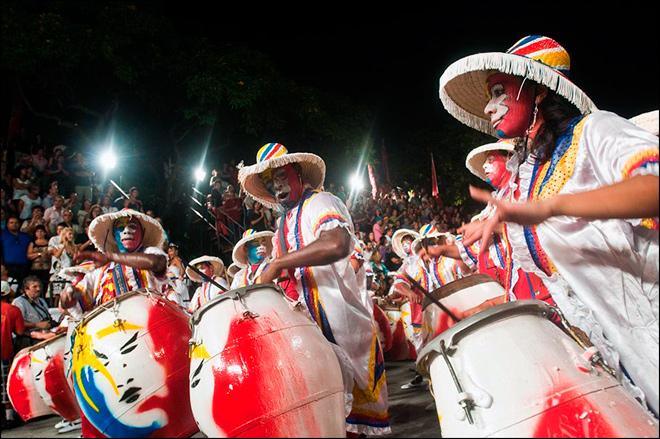 Ven al Carnaval más largo del Mundo