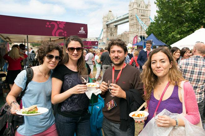 'Rioja Tapas Fantásticas' reúne en Londres lo mejor de la gastronomía española junto al Tower Bridge.