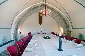 Mesa y cama en perfecta armonía. Restaurante Hotel Los Leones. Rubielos de Mora. Teruel. GlobalStylus