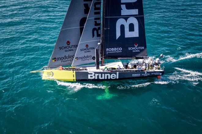 Team Brunel gana la 2ª etapa de la VOR con Pablo Arrarte en el equipo