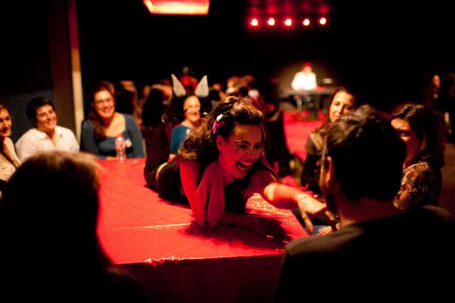 Cabaret y actuaciones musicales del 'Encuentro Internacional del Vino de Benlloch'