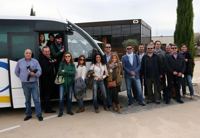 El Vinobus Ruta del Vino DOP Utiel-Requena conecta Valencia con 2.700 años de cultura del vino