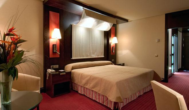 El Hotel Córdoba Center abre sus puertas a las parejas en una jornada inolvidable