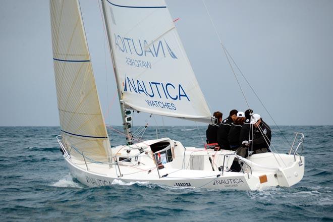 Nautica Watches de Van der Ploeg gana la MedSailing de J80 en El Balís