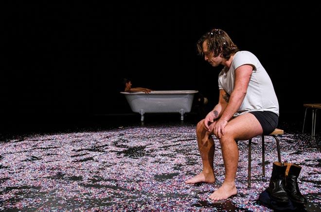 Roses presenta su actividad teatral y musical de otoño