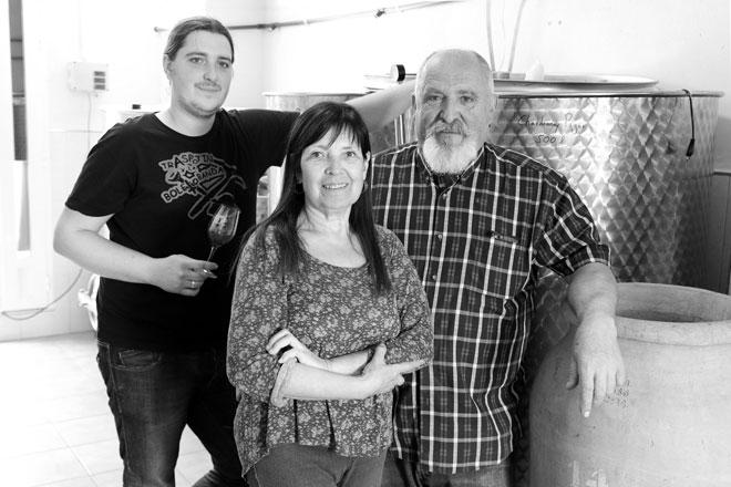 Arrope y vinos de garaje. Bodegas Pigar. Receta tradicional del arrope.