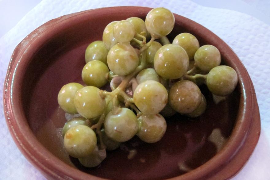 Agraz, las uvas verdes que alegran un plato