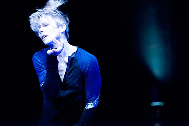 La bailarina canadiense Louise Lecavalier inaugurará el 5 de mayo la octava edición del Festival 10 Sentidos en el Teatro Principal con la pieza 'So Blue'