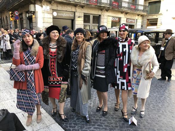 El Rally de Coches de Época Barcelona-Sitges se viste de gala en su 61 edición