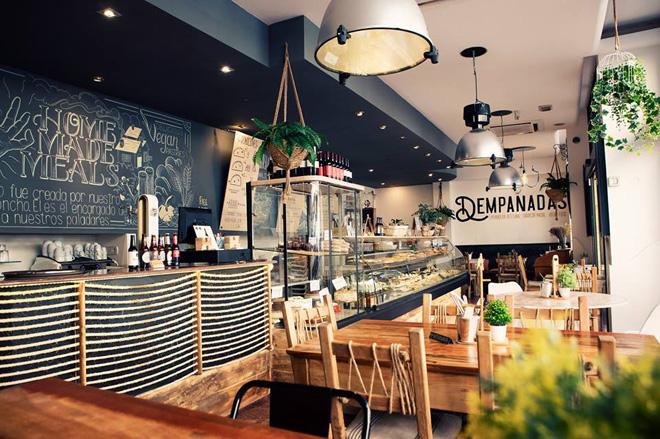 Dempanadas reinventa el producto argentino más casero en Valencia