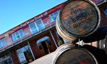 """Jonathan Tew, gerente de ventas minoristas de Fine Wines Direct UK,  """"El presente no es para siempre…"""""""