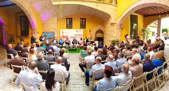 Los vinos cooperativos muestran sus credenciales en Coopera Vinoseleccion 2019