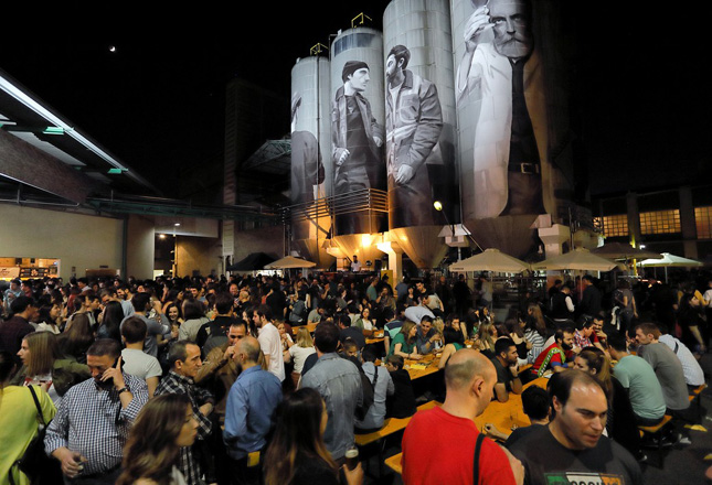 Zaragoza acoge con entusiasmo el nacimiento del ZGZ BEER FESTIVAL y cuelga el cartel de 'Completo' en catas y visitas guiadas
