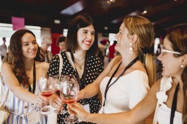 Placer Bobal reúne a los amantes del vino en su cita anual
