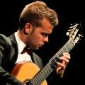 concierto de guitarra de Ferran Talarn en la bodega Mas Blanch i Jové