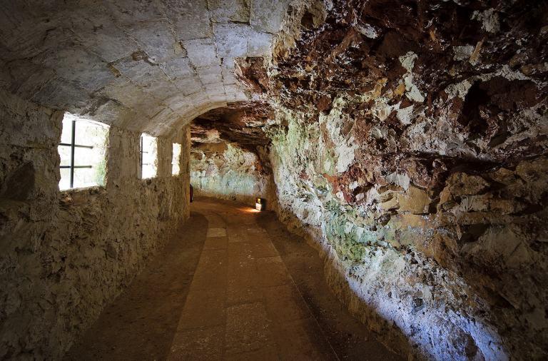 Un paseo por la historia de Menorca, entre castillos y torreones