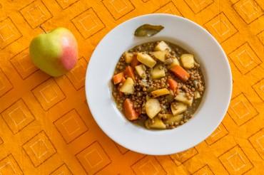 Lentejas al curry con manzana, dulce y picante sensación