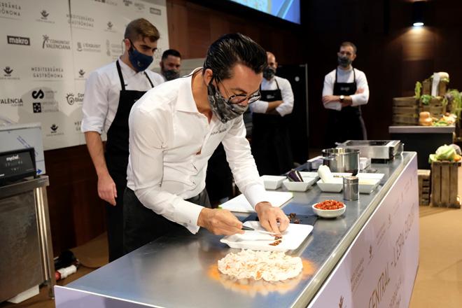 Quique Dacosta abre Mediterránea Gastrónoma con un homenaje al tomate ante miles de visitantes online