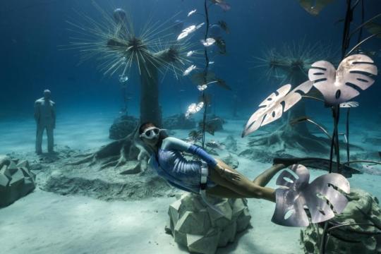 MUSAN, el nuevo bosque de escultura subacuática creado por Jason de Caires Taylor en Chipre