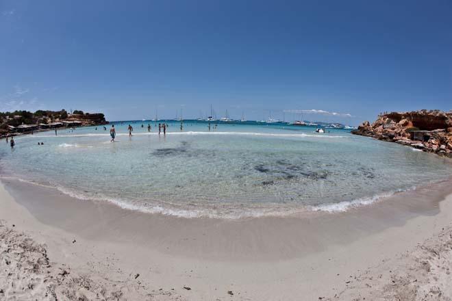 Siete pistas para un verano de mucha playa en Formentera